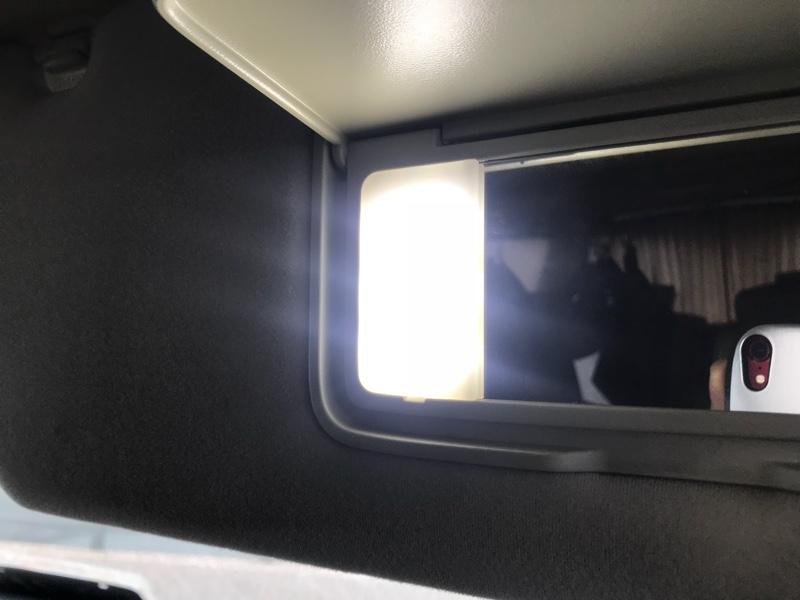 車内照明地道にLED化