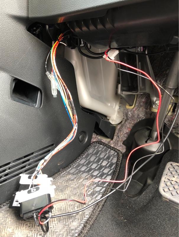 陽気も良いので Pivot 3-drive・COMPACT の取り付けを