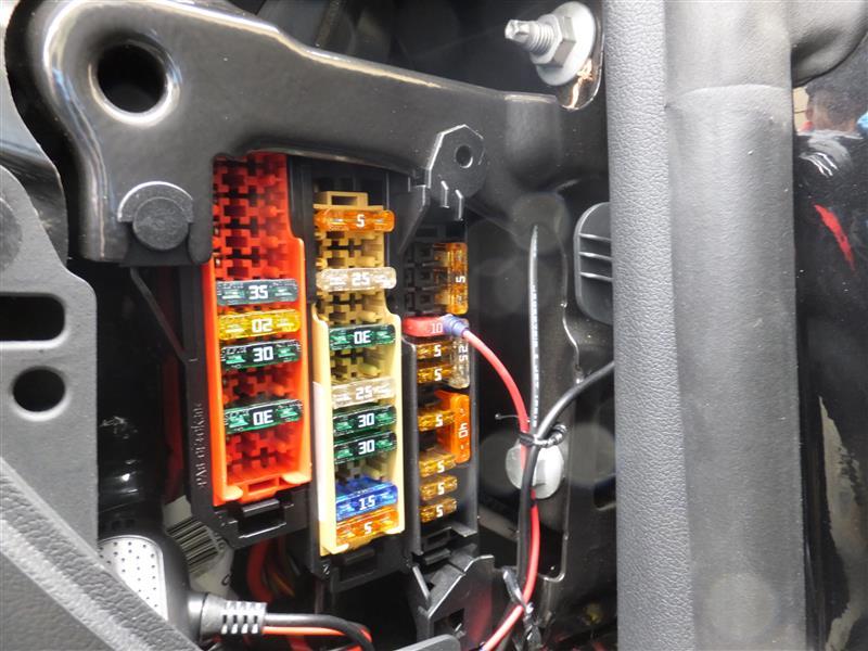 ドライブレコーダー取付②