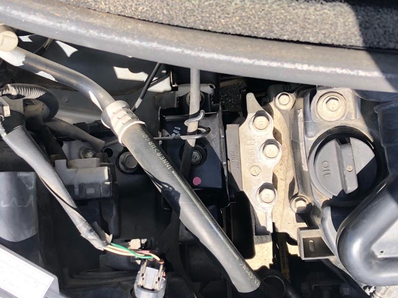 エンジンマウント交換(運転席側)