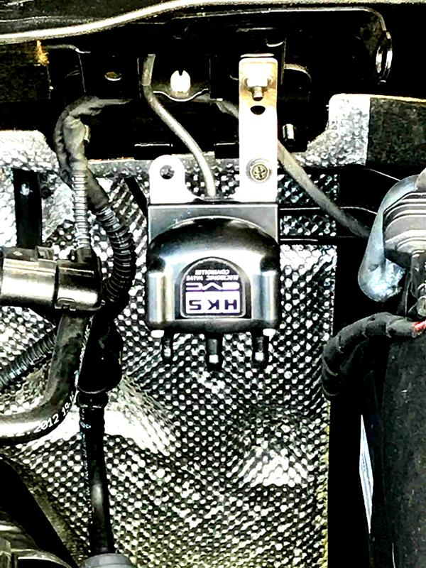 HKS EVC6のステップモ-タ-バルブの設置