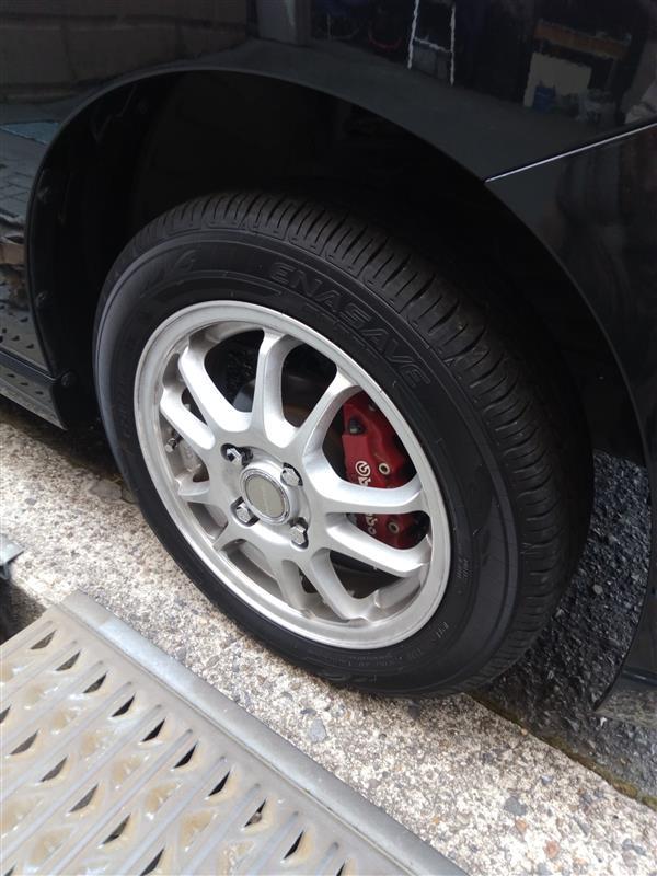 夏用タイヤ交換及び窒素ガス充填
