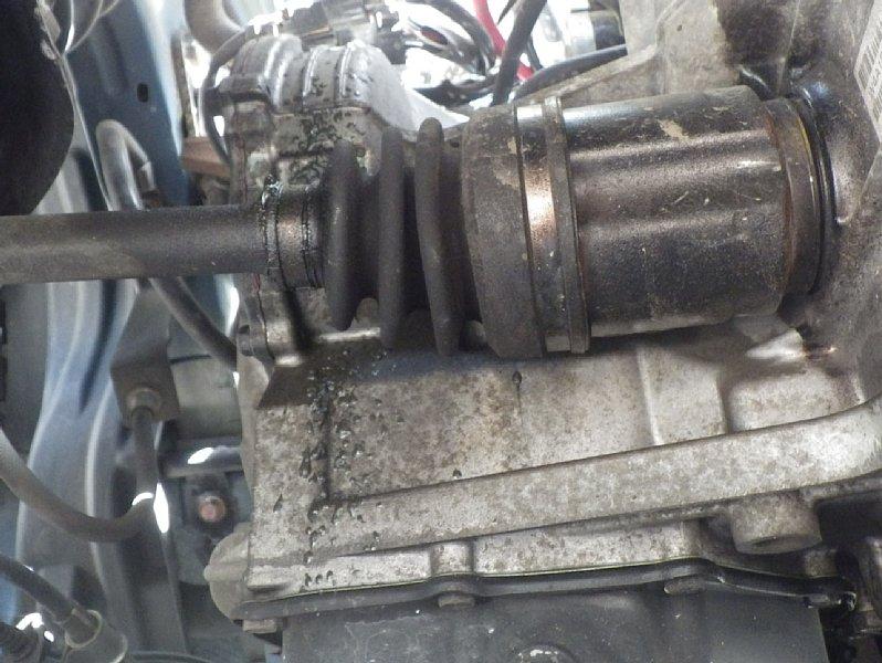 [既出]ドライブシャフトのグリス漏れ補修