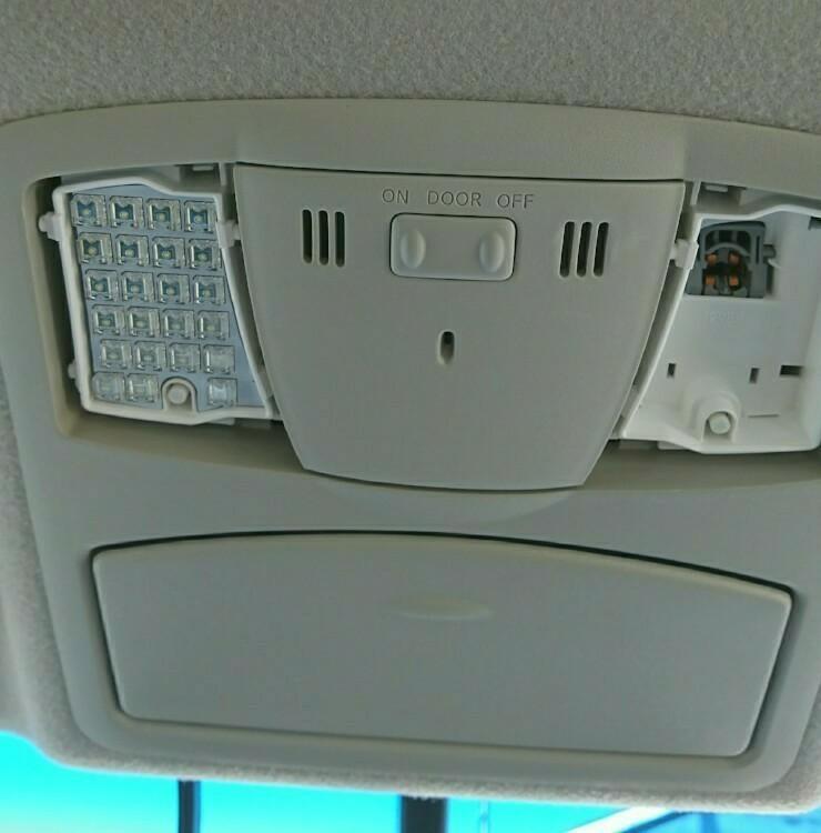 ルームランプ、ナンバー灯LED化