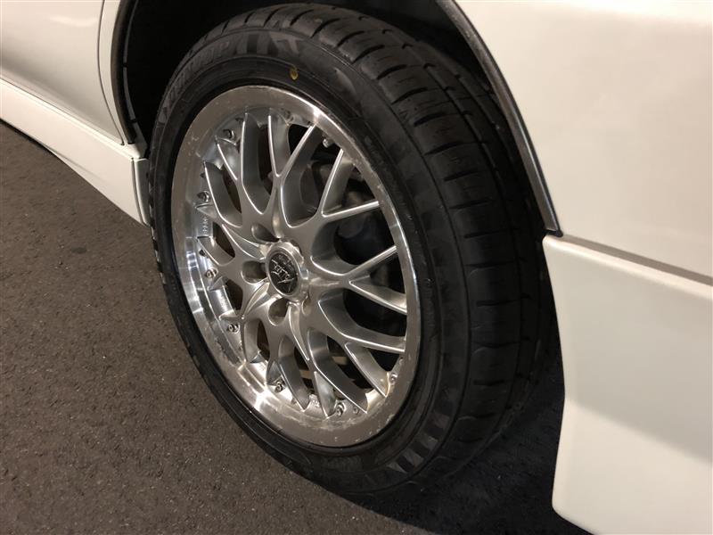 新品タイヤ交換