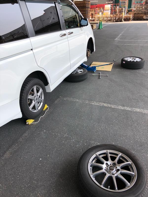 タイヤ衣替え