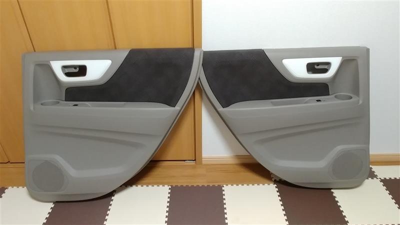 インテリアパネル ドアパネル部の交換(後側左右 他)