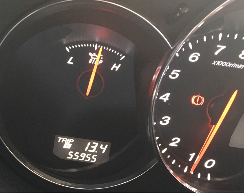 エンジンオイル、エレメント交換  55,955km