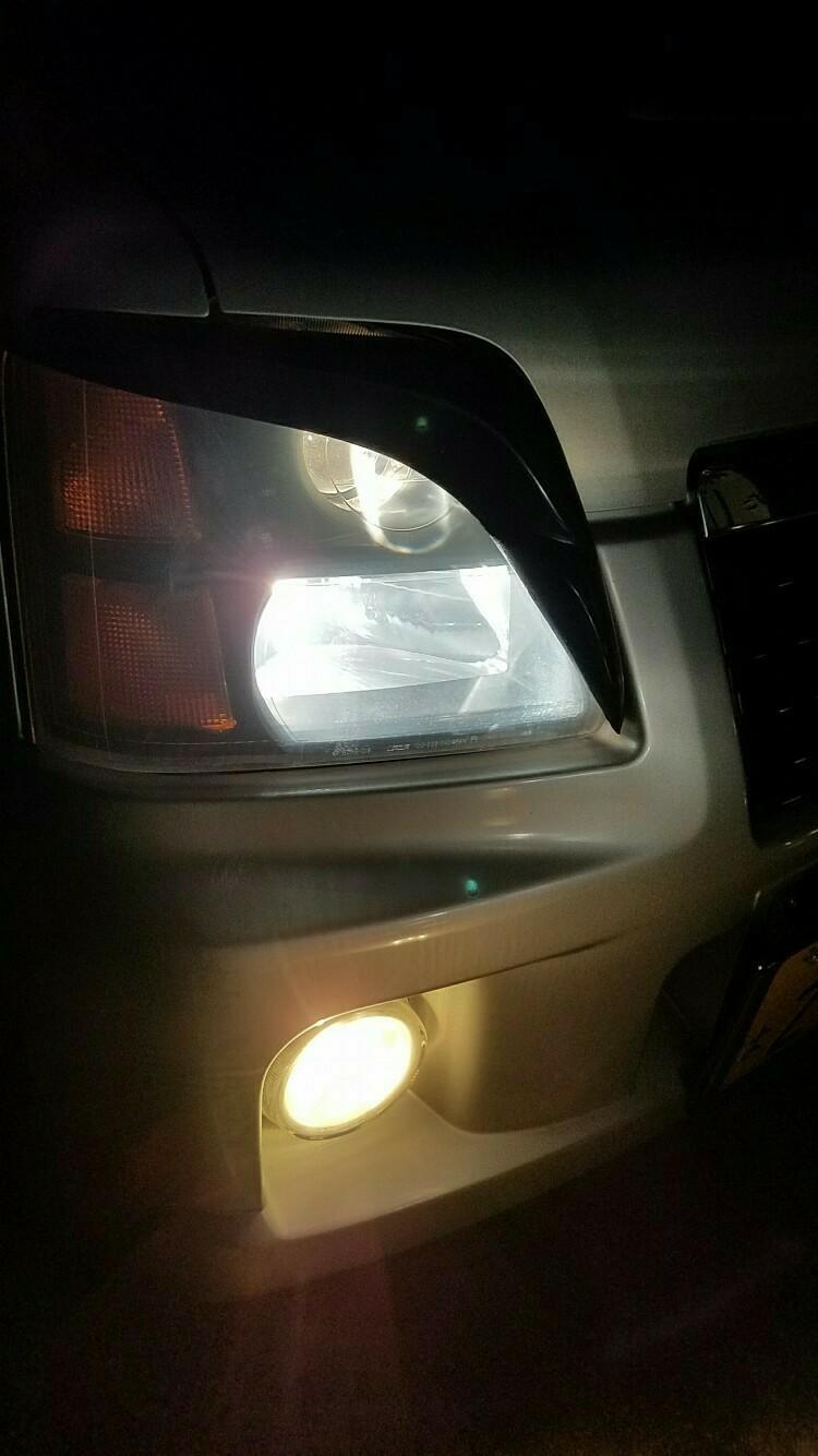 ヘッドライト交換 ポジションも フォグは今度 見た目よくなりました 運転しやすくもなりましたね