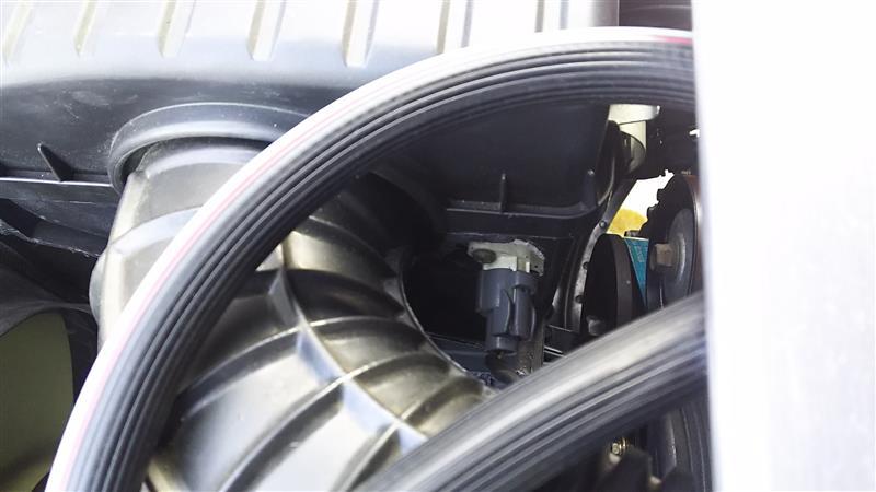 吸気温度センサー移設