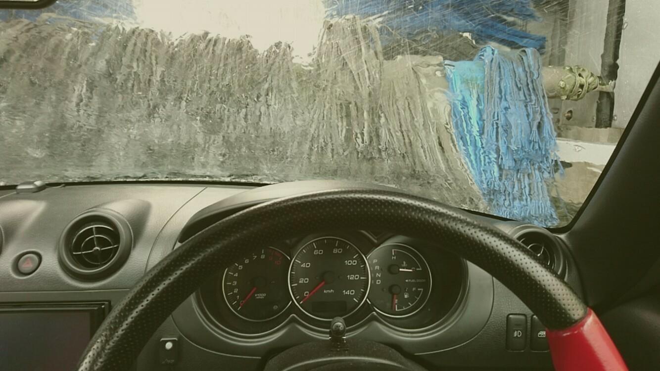 初・洗車機。