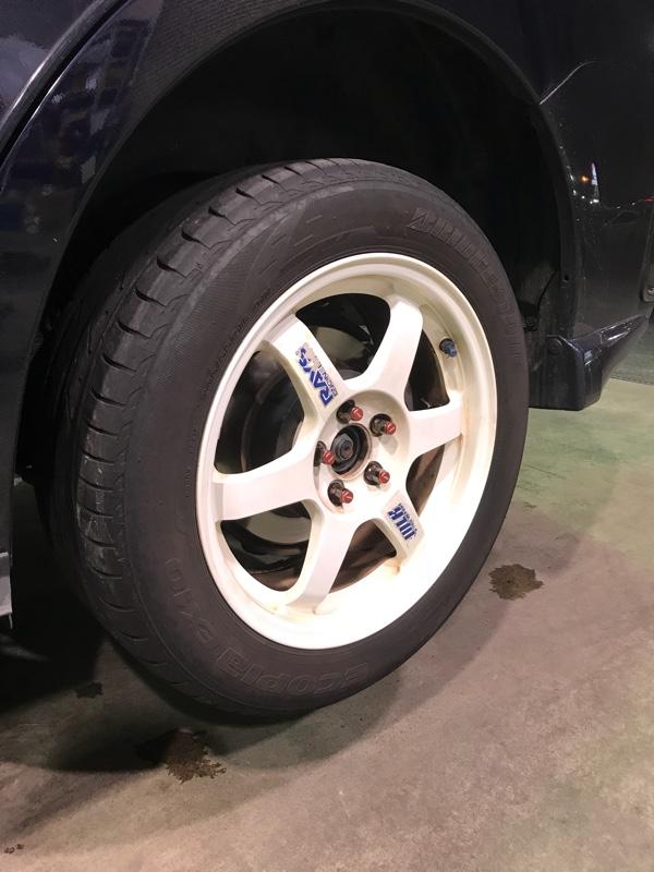 タイヤ履き替え&ショック入れ替え&フロントブレーキパッド交換