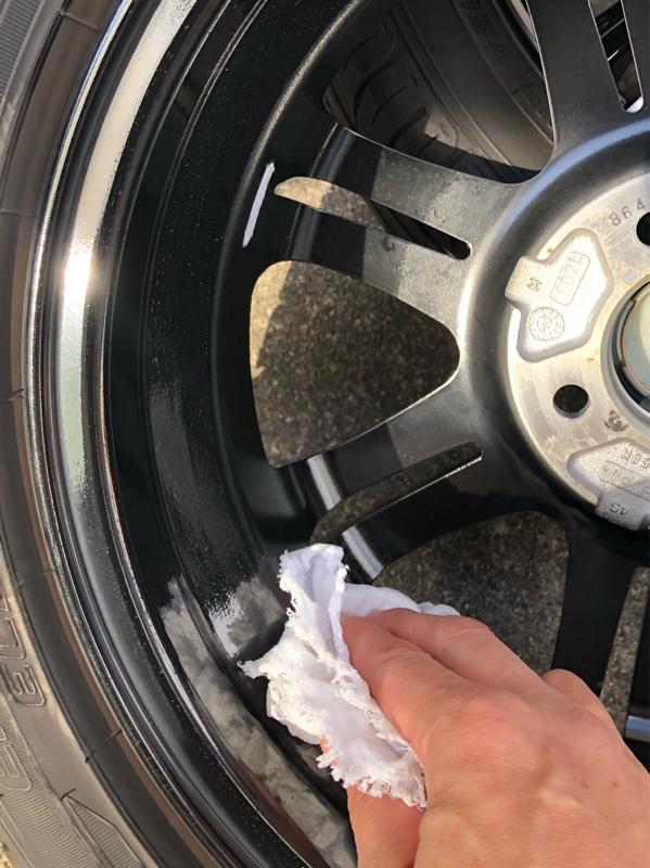 タイヤ交換前のホイールコーティング