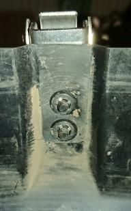 スペアタイヤカバーの固定具リペア