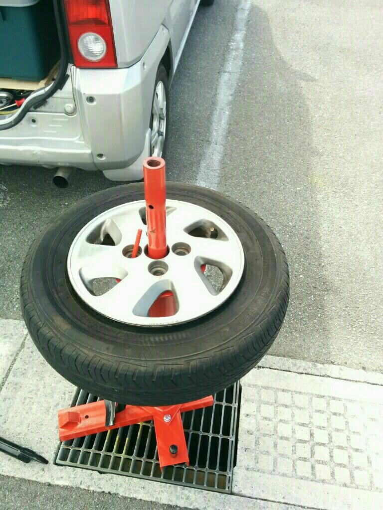 タイヤこうカーン