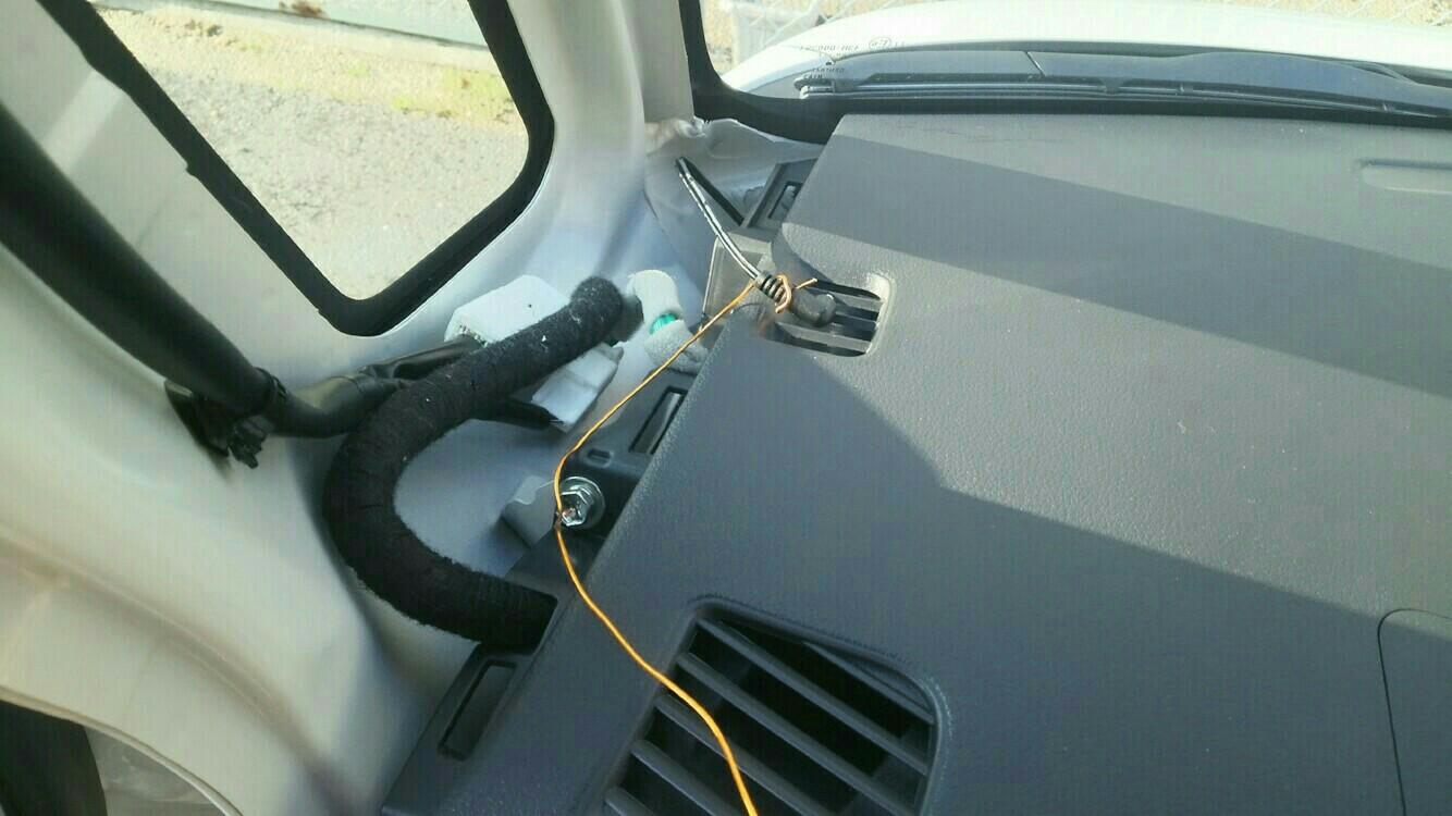 ドライブレコーダー取り付け