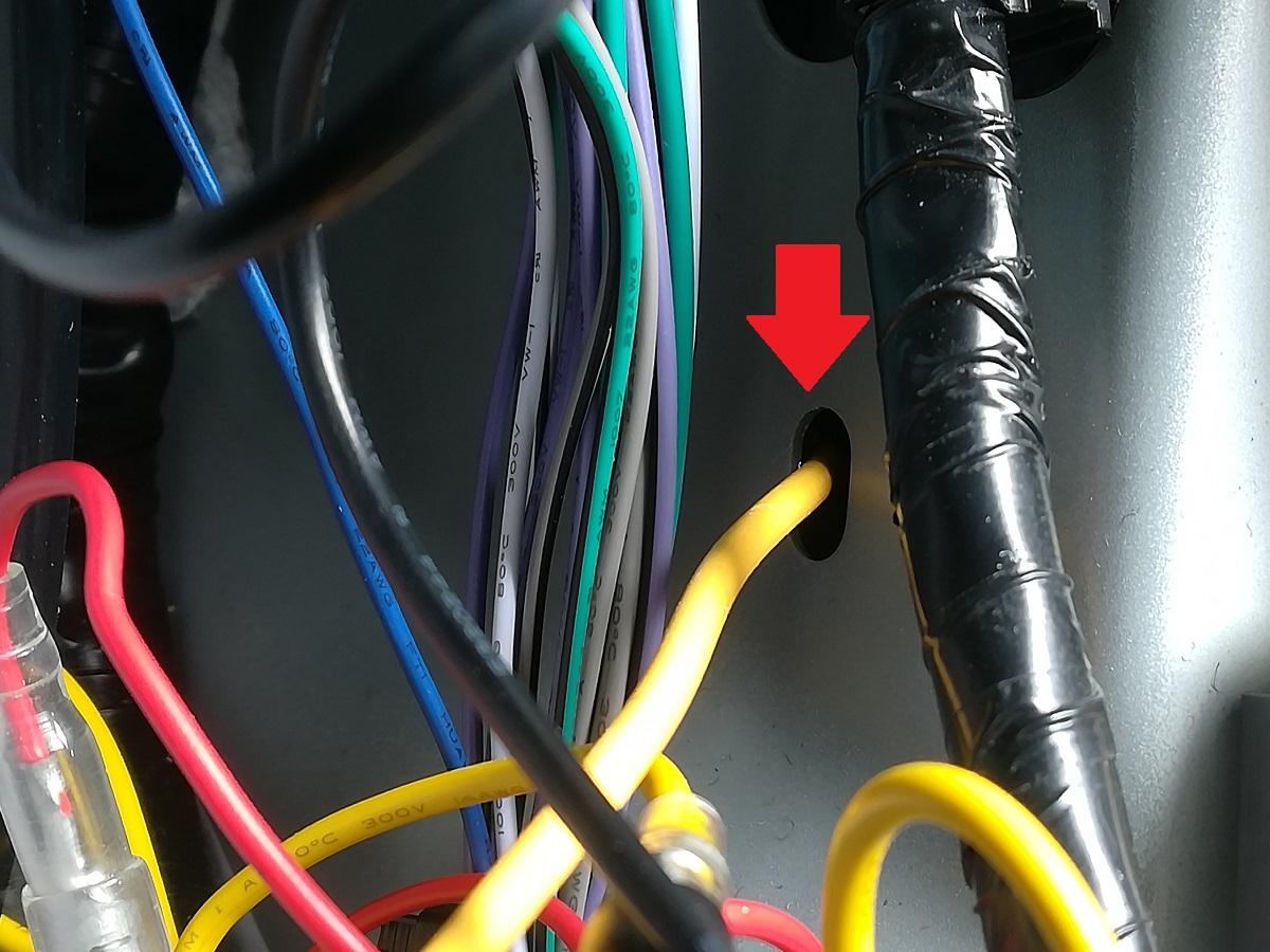 パワーアンプの主電源をバッ直