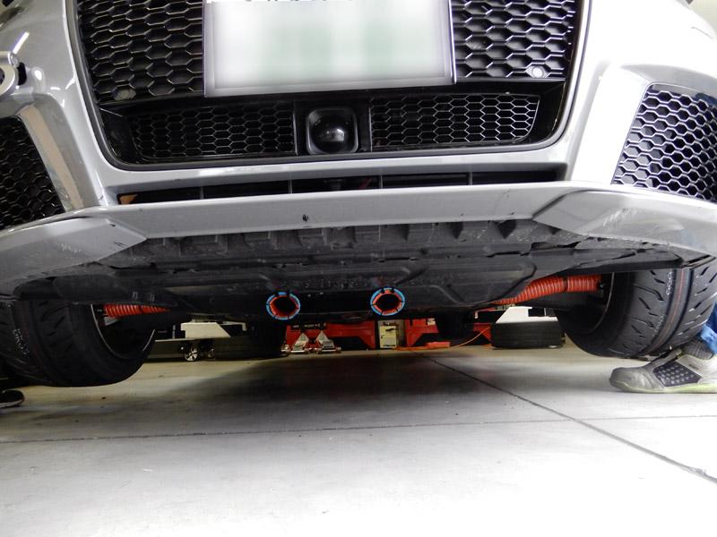 RS3にブレーキ冷却用ダクト取付