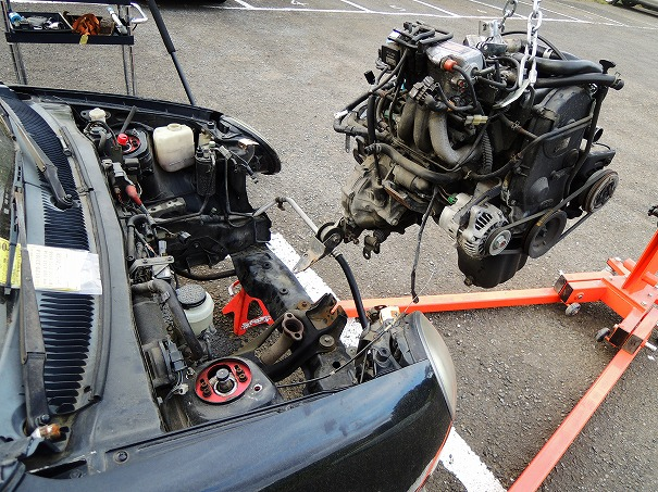AA6PAキャロル 部品取り解体 エンジン降ろし