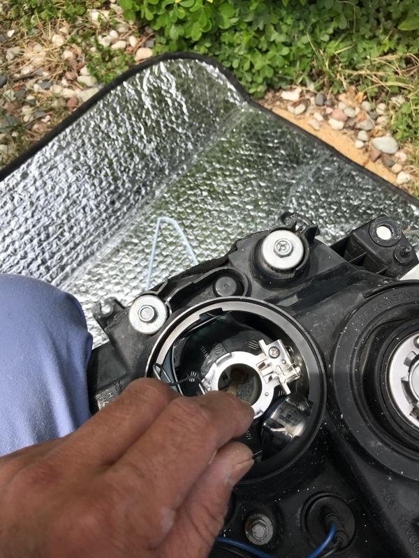 レンズ磨きとプロジェクター白内障処理❣️