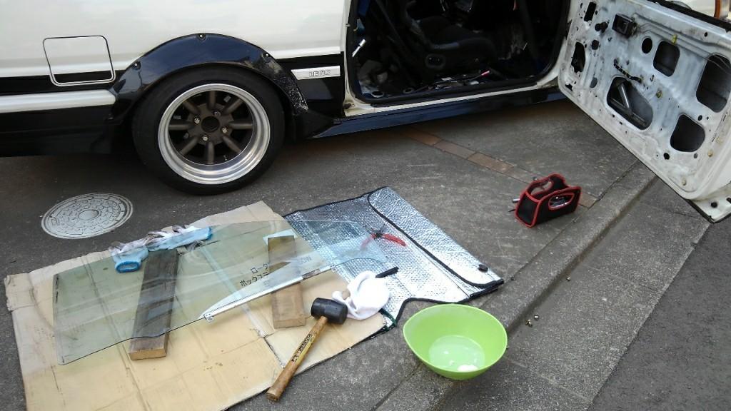 運転席側ドアガラス修理