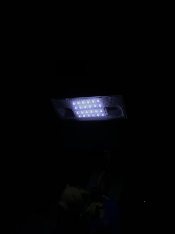 プレオのマップランプをお手軽に爆光に。