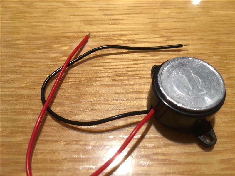 ウインカーリレーのIC化で無音になったので、電子ブザーを取り付けてみた