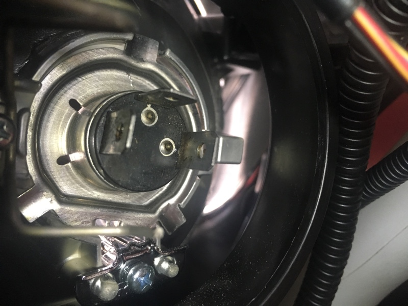 PHILIPS X-treme Ultinon LED H4 6000K 2