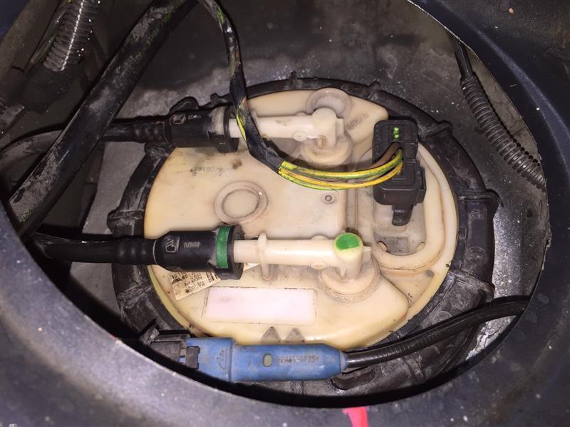 燃料漏れ仮処置