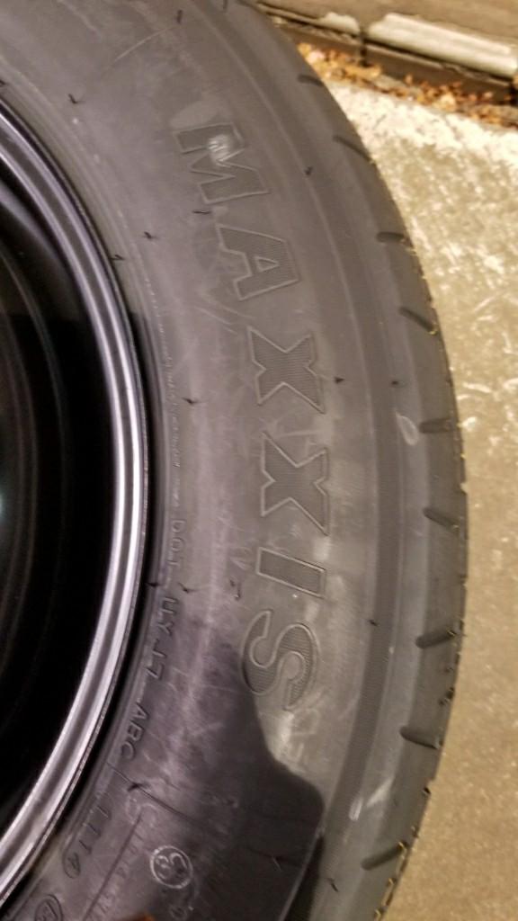 スペアタイヤの空気補充 そのタイヤの銘柄は?知らないメーカーでした
