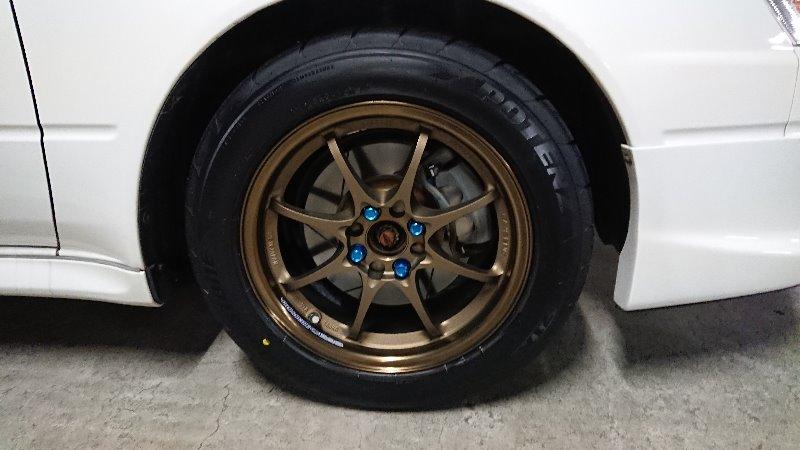 タイヤ交換、組み替え、廃タイヤ処分