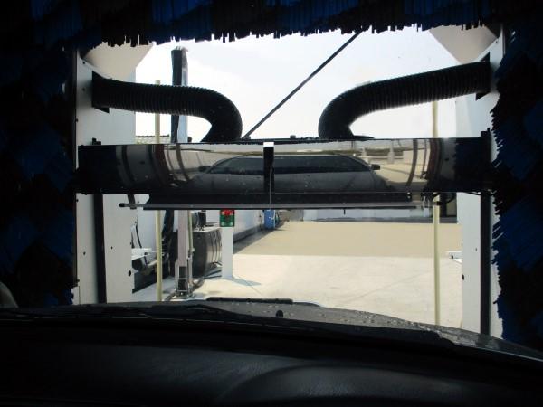 洗車機で洗車(激撥水プリズムグラス)