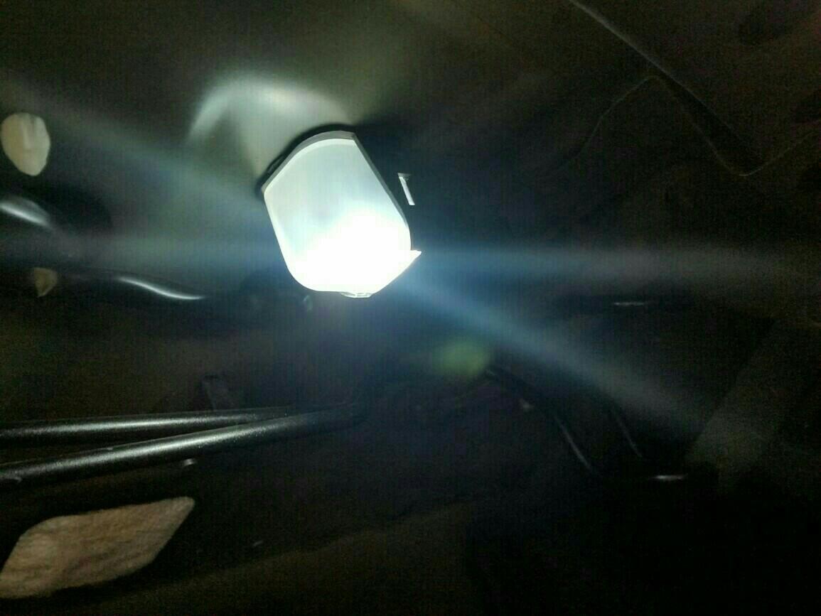 LEDルームランプの取り付け