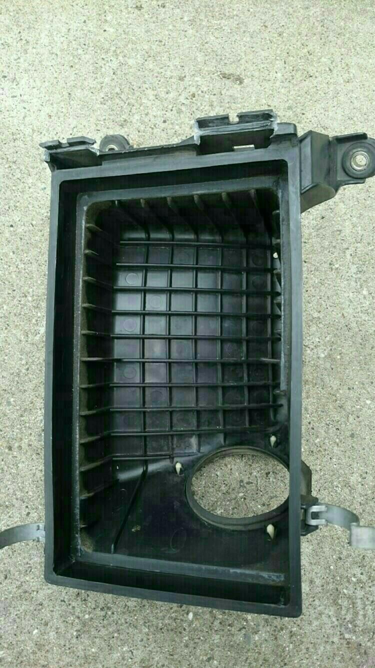 エアクリーナーボックス交換