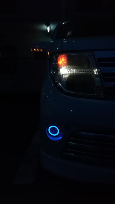 他車純正のイカリング付フォグランプを流用してみた!