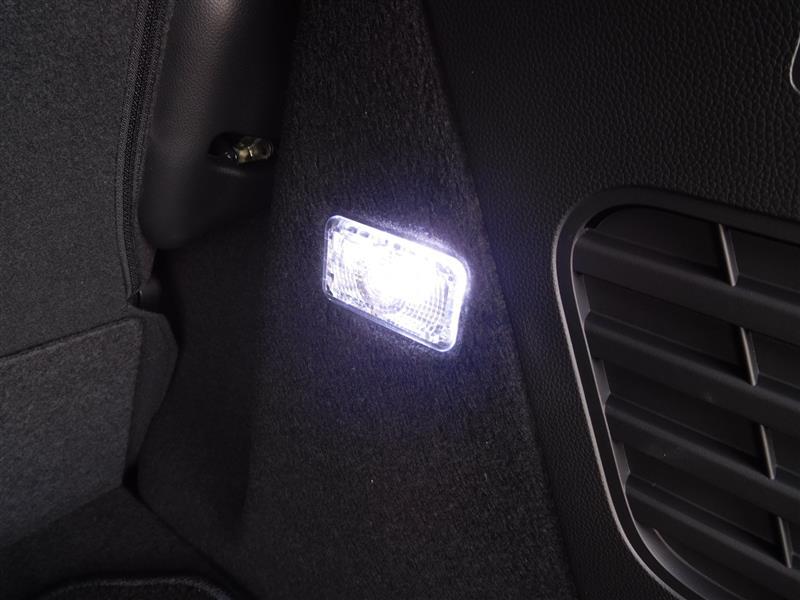 ラゲッジルームランプ LED化