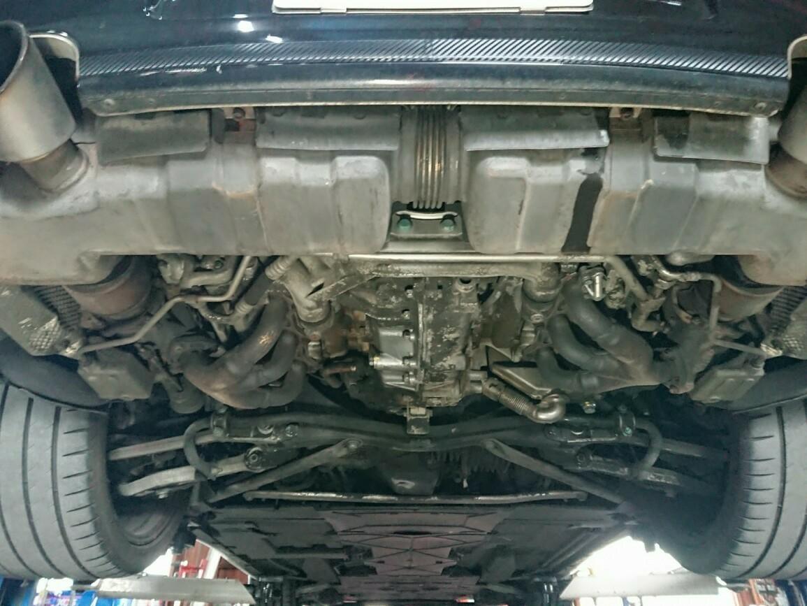 996ターボマフラー取り外し