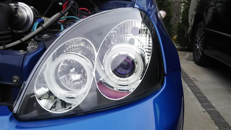 ヘッドライトの交換及びHID化