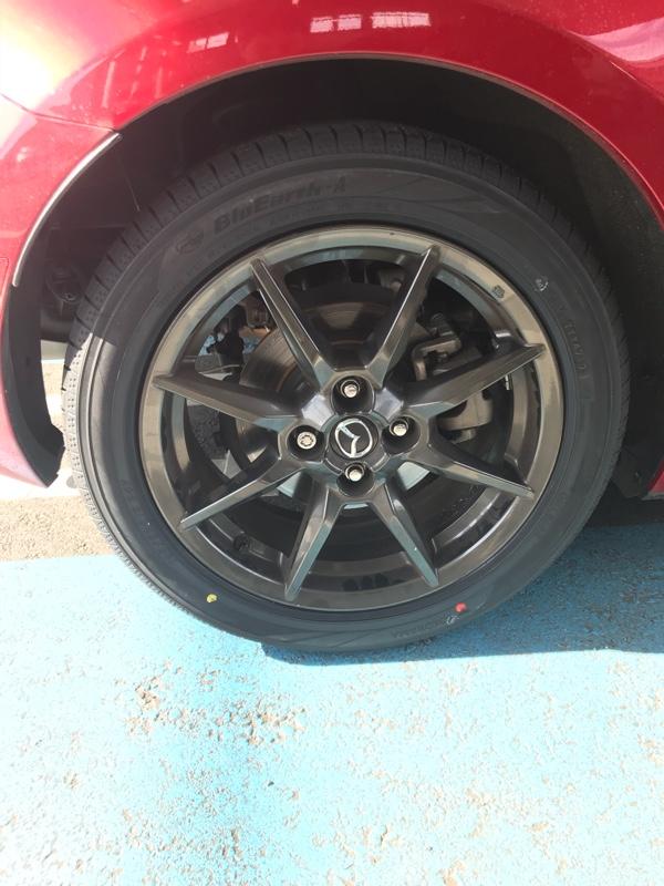 タイヤパンク→タイヤ交換