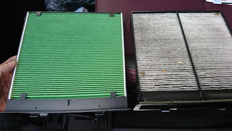 エアコン フィルターの交換
