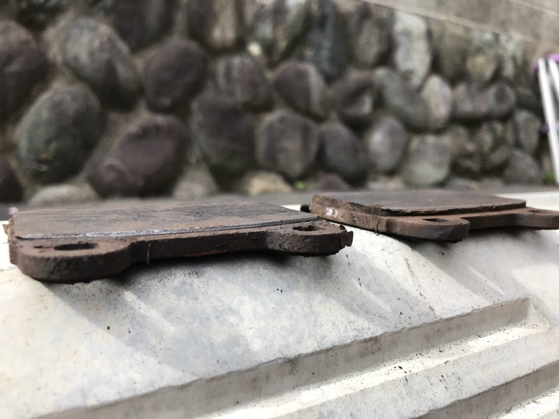 リア ブレンボキャリパー用 ブレーキパッド交換