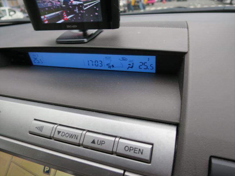 エアコン保護にワコーズパワーエアコンプラス注入
