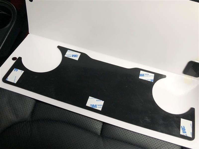 星光産業 サイドテーブル用滑り止めマットを貼ってみた!( ̄▽ ̄)