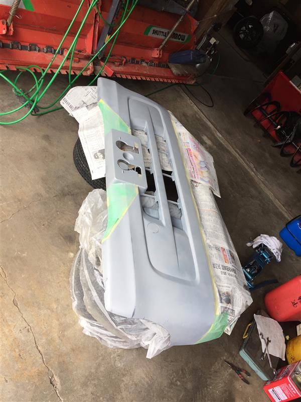 フロントバンパー修理・塗装
