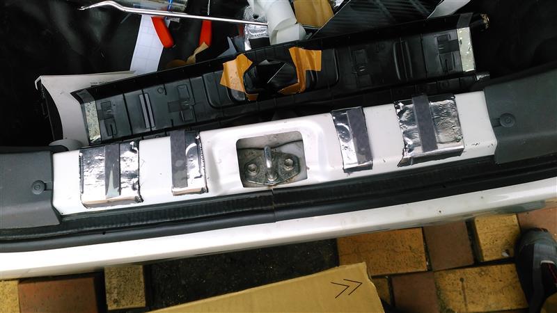 L675Sトランク内張り流用