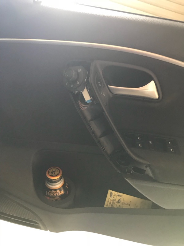 カッティングシート貼り