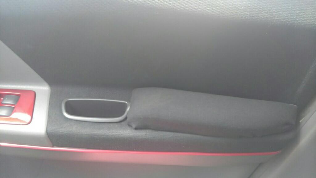 運転席ドアアームレスト作製 取り付け