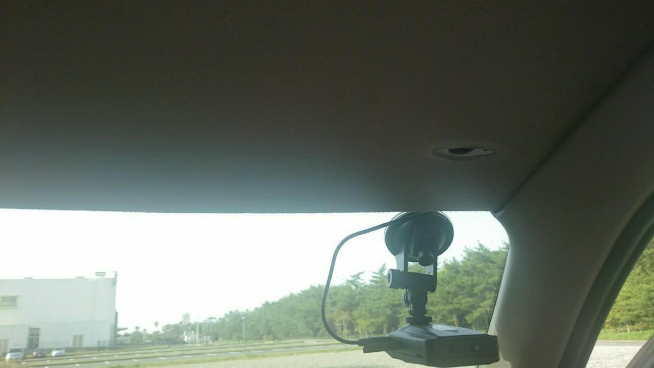 ドライブレコーダーを取り替えよう。