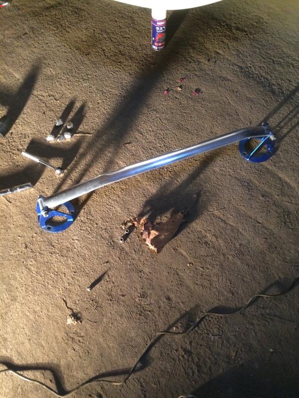 クスコ タワーバー 取り付け 磨き