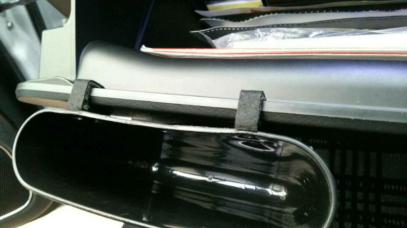 助手席用小物入れを自作